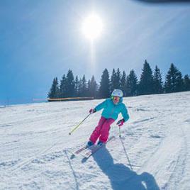 Lees het sportadvies van Decathlon en ontdek waarom skiën goed voor je is