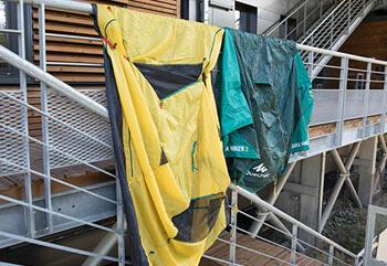 como-secar-tendas-caminhada-campismo