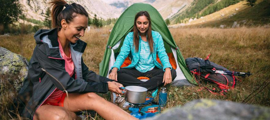 Astuces pour cuisiner facile au campement