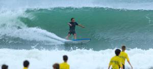 Como iniciar-se sozinho na prática de surf?