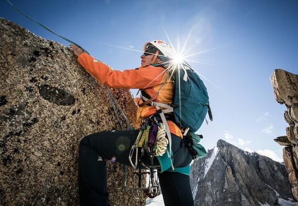 Casque d'alpinisme ou d'escalade