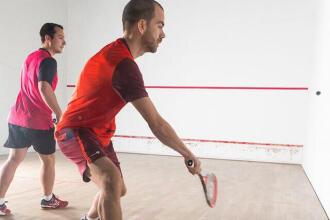 Comment choisir un cordage de squash ?
