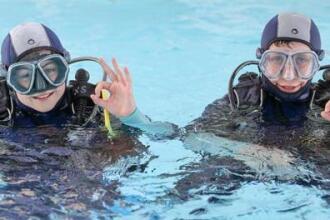 Dar a conhecer o mergulho submarino às crianças