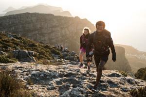 nl_header_trekking_oefeningen_op_te_warmen_quechua