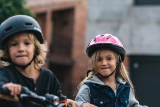 Comment choisir le bon casque de vélo pour enfant ?