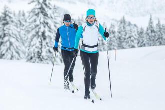 Hoe kies je je uitrusting voor klassiek langlaufen?