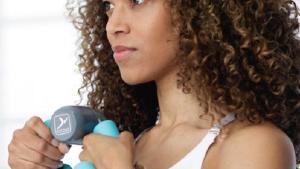 femme utilisation appareil de tonification