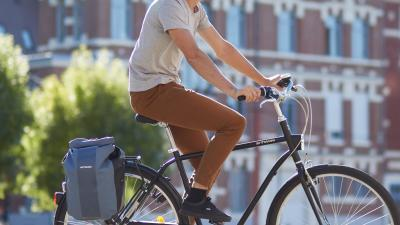 bg_on_bike.jpg