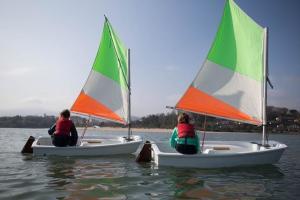 enfants voile Decathlon Tribord