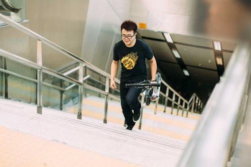 escaliers_trottinette_ecologie