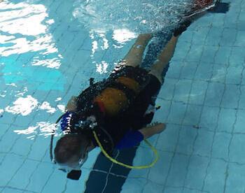De voordelen van duiken in een zwembad