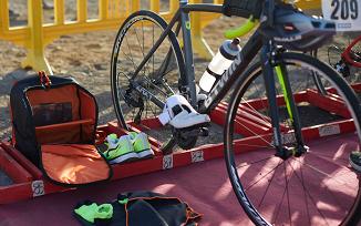 eerste triatlon materiaal wisselzone inrichten