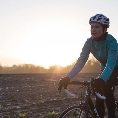 Welche Fahrradjacke im Winter & Sommer?