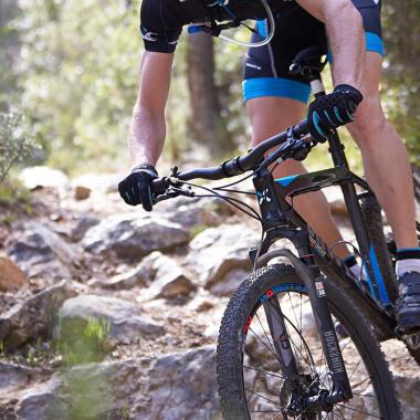 Mountainbike-Fahrtechnik – Kurven