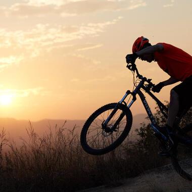 Mountainbike-Fahrtechnik – Stufen überwinden