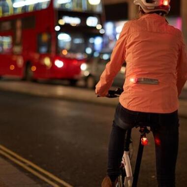 Die Sichtbarkeit auf dem Fahrrad: richtig oder falsch?