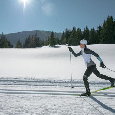Aufwärmen und Dehnen – die richtige Vorbereitung auf deine Langlauftour