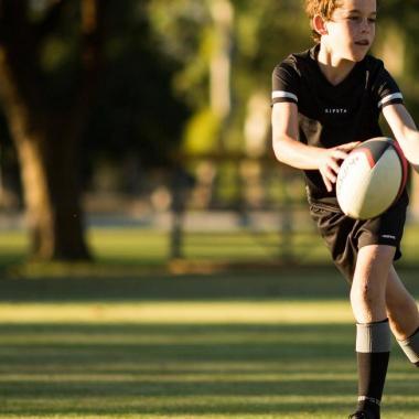 Der Pass: Die grundlegende Technik des Rugbys