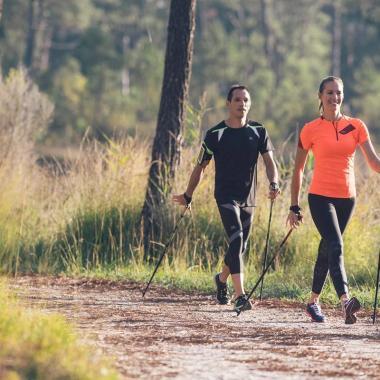 Fitness, Figur, Gesundheit: das sind die Vorzüge von Nordic Walking