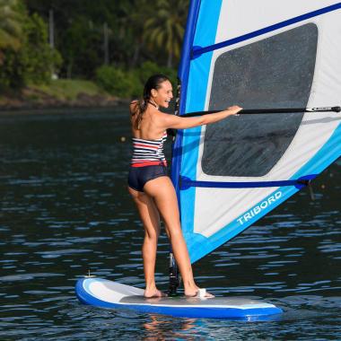 Wie finde ich ein geeignetes Surfbrett zum Windsurfen?