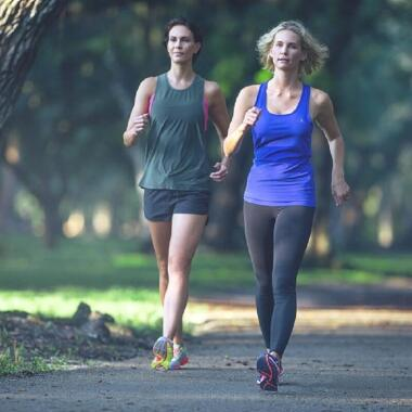 Profitiere von den stresslindernden Vorteilen des Walkings