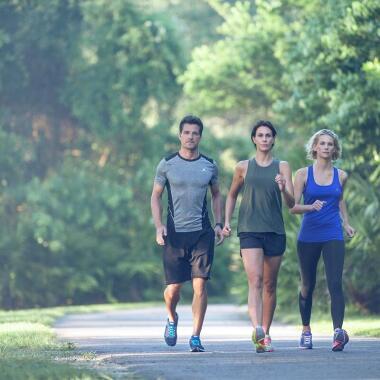 Mit diesen 7 Tipps bleibst du beim Walking garantiert motiviert