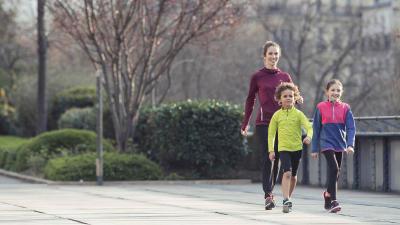 visuel-7-astuces-pour-donner-votre-enfant-lenvie-de-marcher.jpg