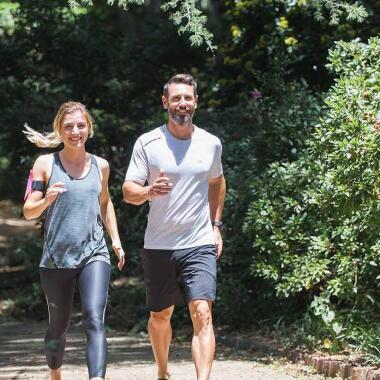 4 Tipps für noch mehr Walking-Spaß im Sommer