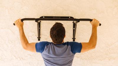 musculation-quel-programme-avec-une-barre-de-traction-2.jpg