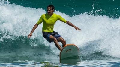 surfing_0.jpg