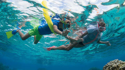 comment-pratiquer-snorkeling-randonnee-palmee-enfants-subea-decathlon-tb.jpg