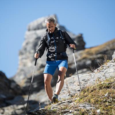 Leicht & schnell unterwegs: Speed Hiking Ausrüstung