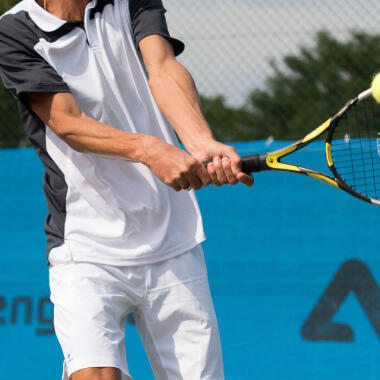 How to choose the best tennis racket?