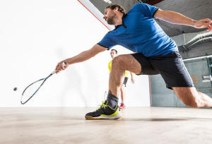how to choose your squash ball