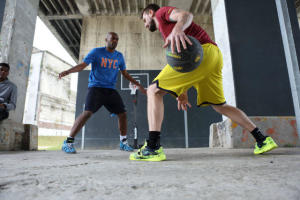 Hoe kies ik basketbalschoenen