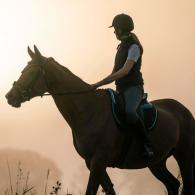 comment-sequiper-pour-la-randonnee-cheval