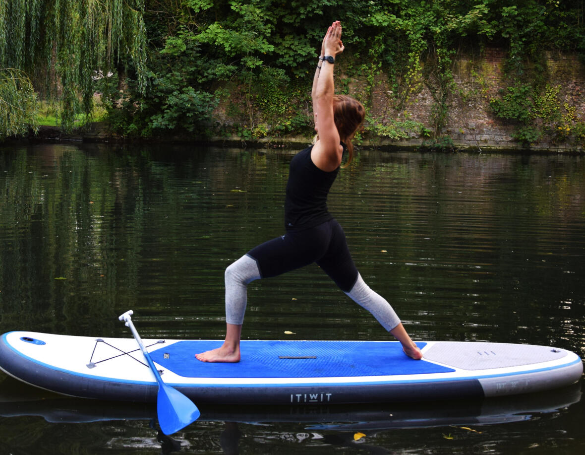 stand up paddle yoga Warrior