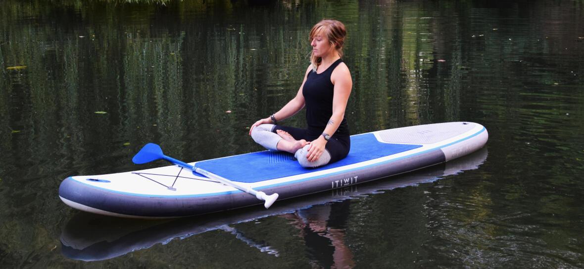 SUP board yoga lotus