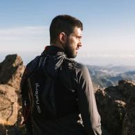 Comment courir avec des bâtons de trail