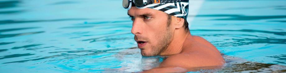 nageur qui récupère