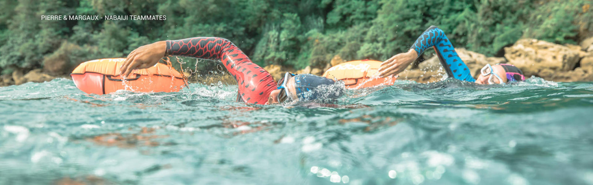 Nageurs en natation eau libre mer