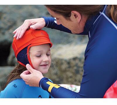 casque de surf pour enfant