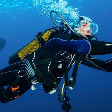 conseil comment choisir botillons chaussons plongée sous marine méditerranée subea