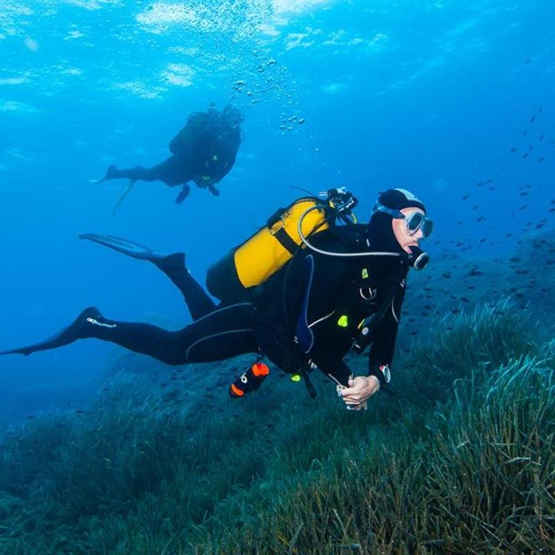 maintain diving buoyancy compensator tips subea