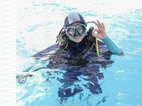 tips diving family couple children subea