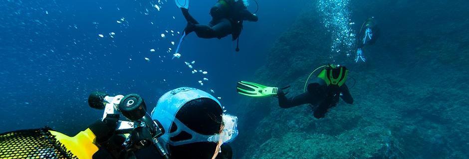 tips diving family couple la londe mediterranea subea