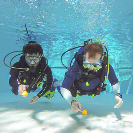 plongée piscine exercice jeu cuillère subea