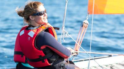 comment-se-proteger-du-soleil-a-bord-dun-bateau-.jpg
