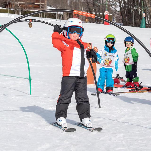 Quel âge mettre son enfant sur les skis   Wedze 499eed2ac819