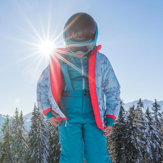 4bbace57beadc Comment bien habiller un enfant au ski ? | Wedze